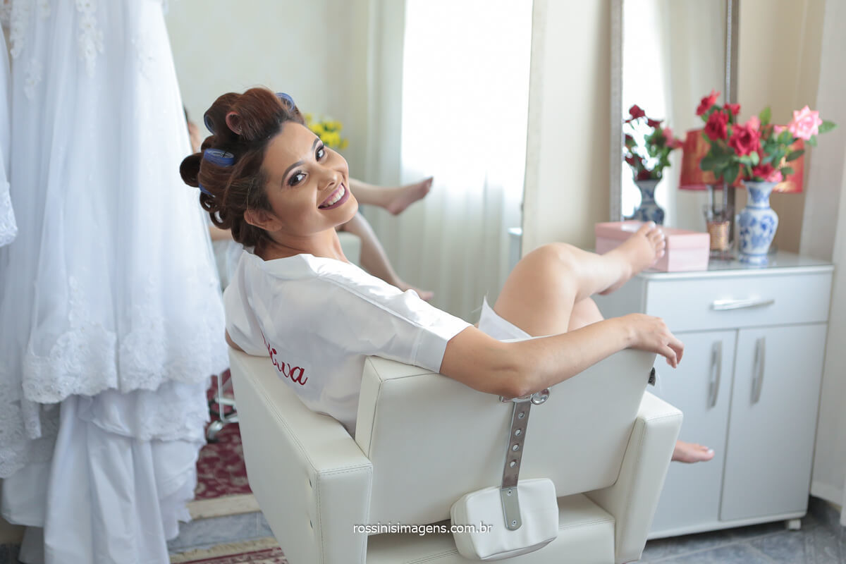 noiva modelando no making of dia da noiva no Salão Leandro Fernandes e m São Paulo Fotografia de casamento por @RossinisImagens