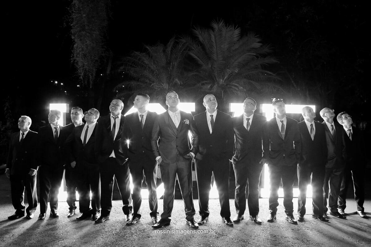 Fotografia coletiva de padrinhos em casamento no la capella em poa, @RossinisImagens