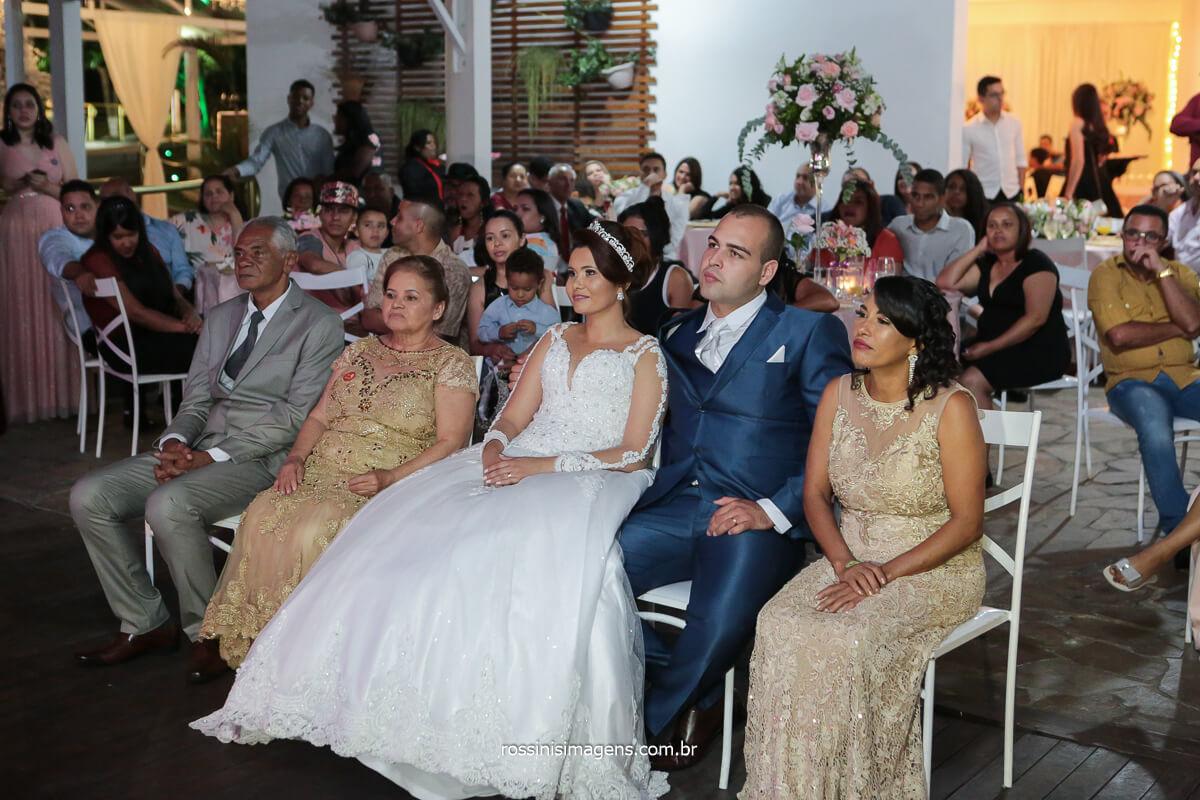fotografia de casamento retrospectiva noiva anuncia gestação na retrospectiva e faz revelação ao noivo do sexo do bebe!, @RossinisImagens