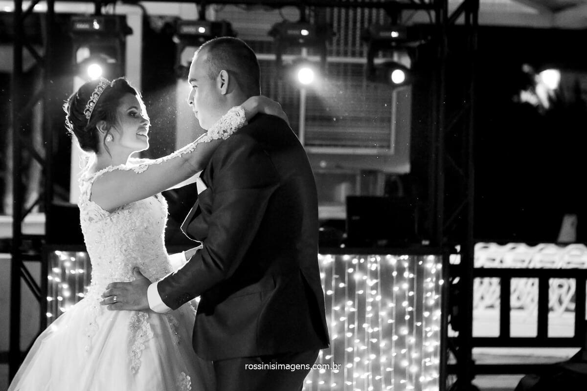 dança dos noivos, balada , pista de dança com os noivos, @RossinisImagens