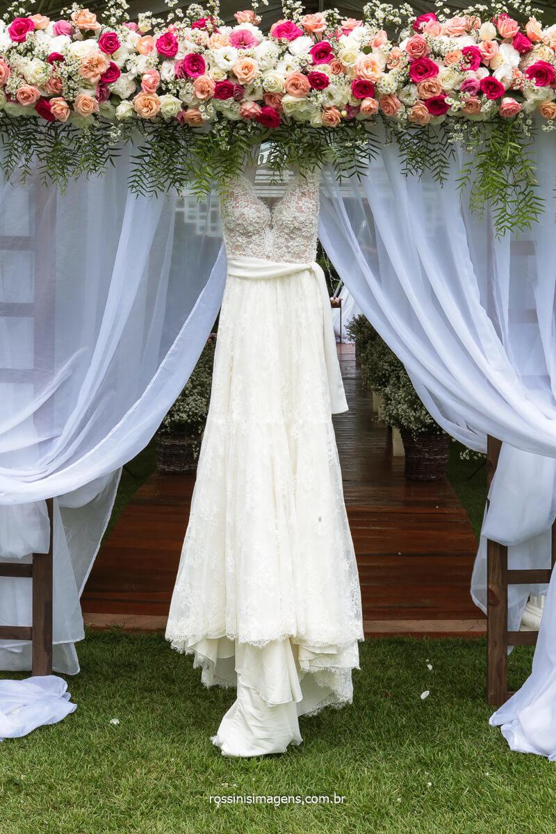 Vestido Para a Noiva amanda Mahasin, Fotografo Rossinis Imagens