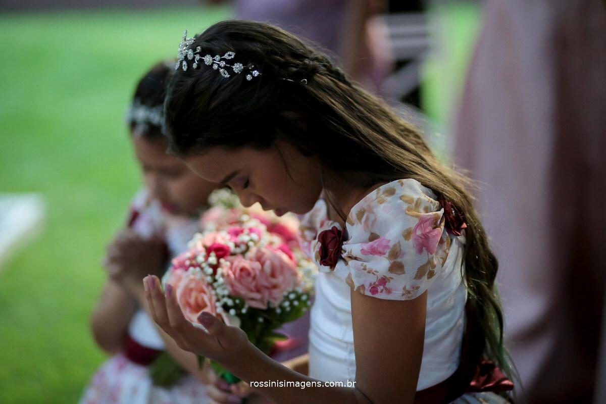 Crianças no Momento de Oração no Cerimonial