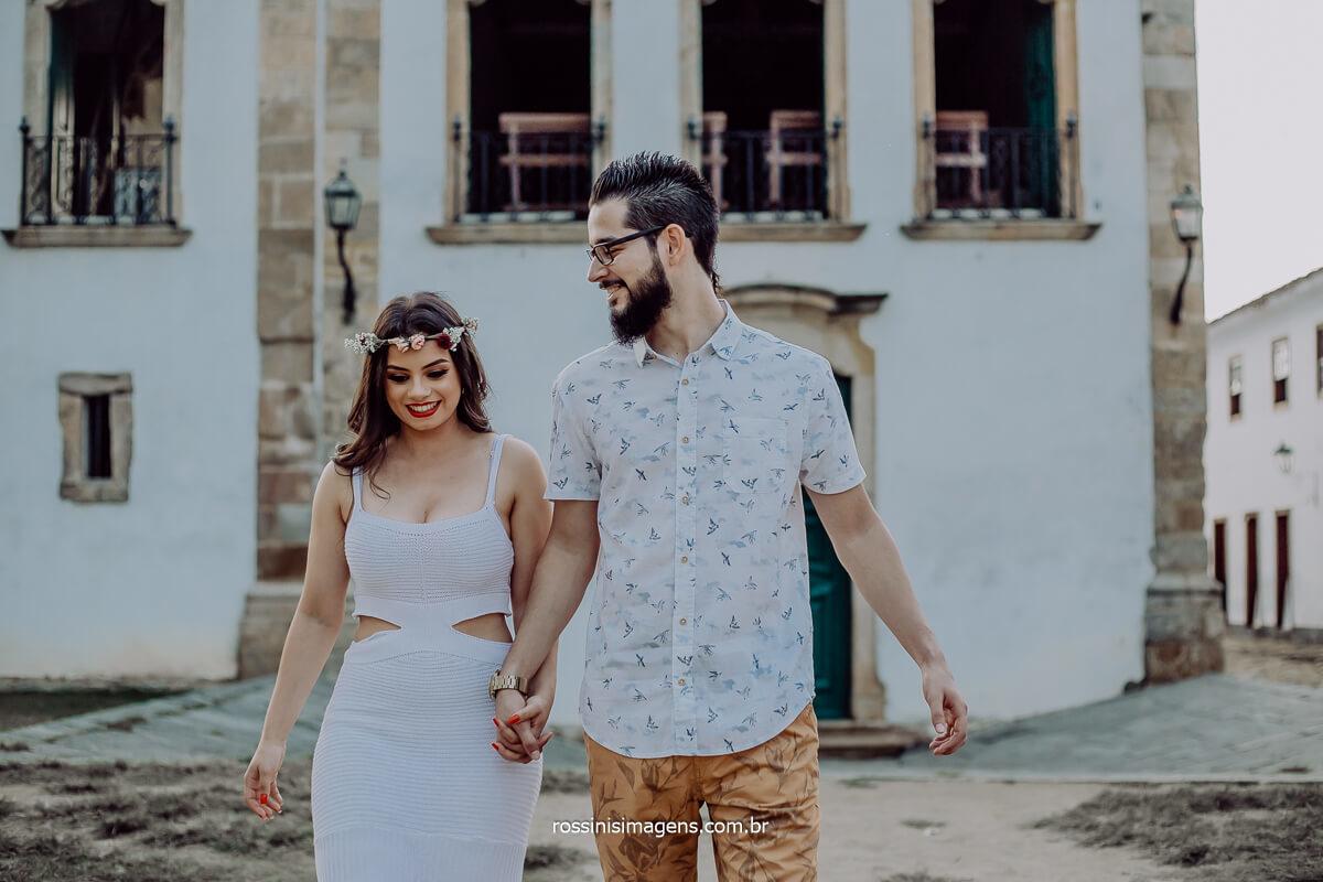 ensaio pre casamento na praia em Paraty-RJ Rossinis Imagens