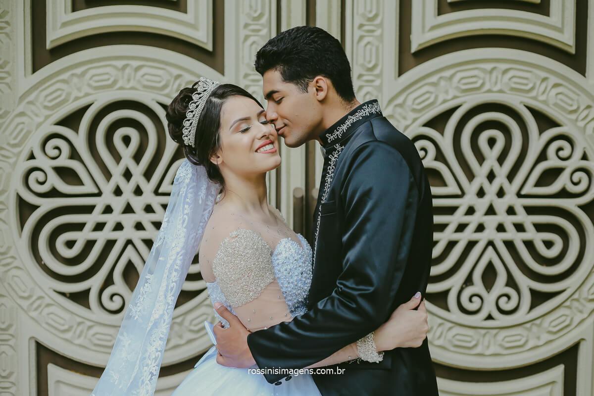 Momento Extra Pos Casamento para realização das Fotografias Externas de Rafa e Fernando No Mesmo Local Do Casamento um Ano Depois