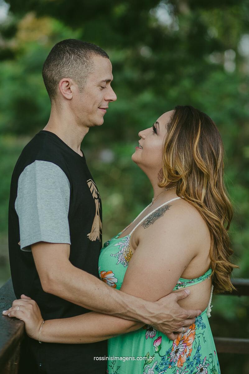 Fotografia de Ensaio de Casal Amanda e Wellington em Guararema registrando o Pre Casamento