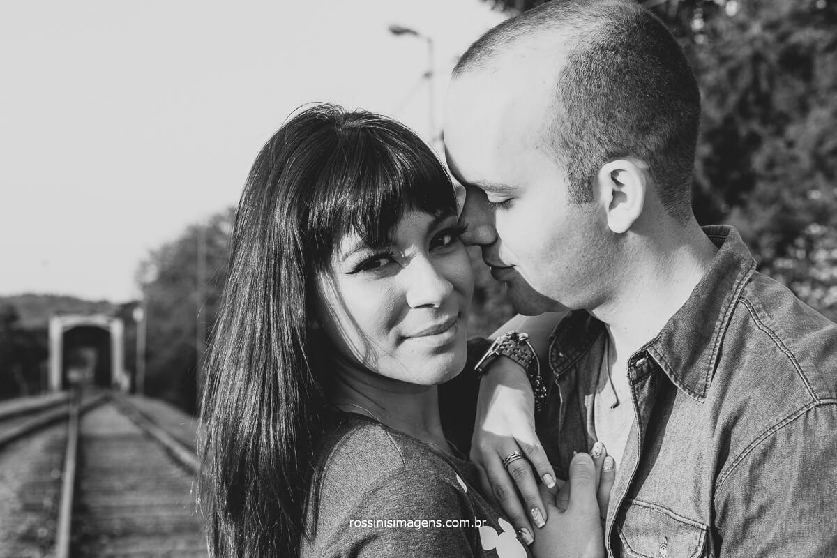Ensaio Fotográfico na Linha do Trem De Guararema SP, Ensaio Pre Casamento, Dicas E inspiração