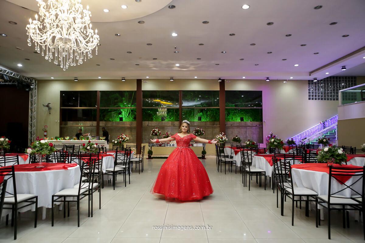 Debutante no salão Lá Felicitá em Itaquera, 15 anos da Jeni, Debutante, Festa de 15 anos, Festa de debutante, Balada