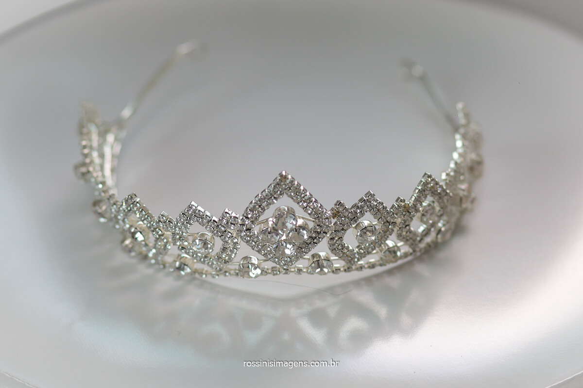 coroa, tiara de cabelo, debutante princesa, debut estilo princesa, acessórios de debutante
