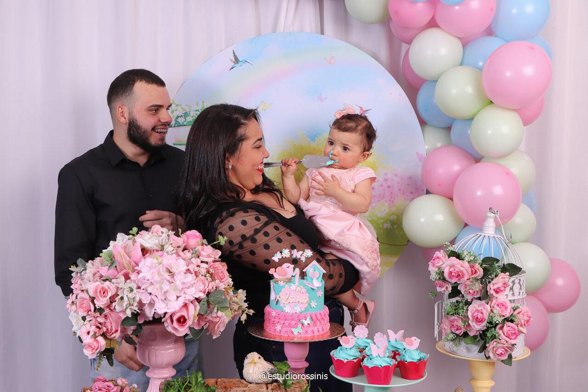 criança comendo bolo, festa no estúdio rossinis  bebê e o bolo de aniversario, @estudiorossinis