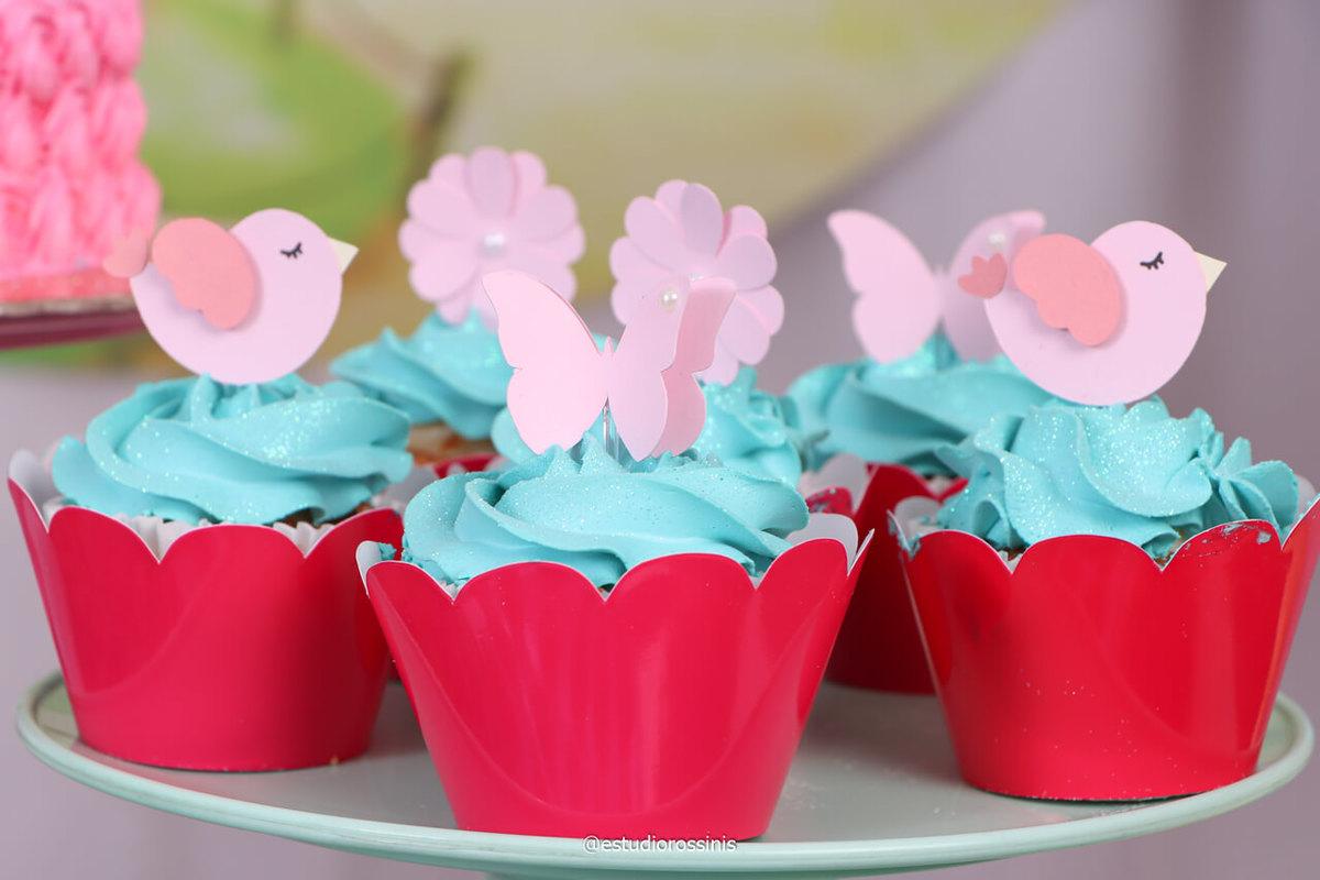 Cupcakes da Doce Ana com toper personalizado para festa de aniversário no estúdio, @estudiorossinis