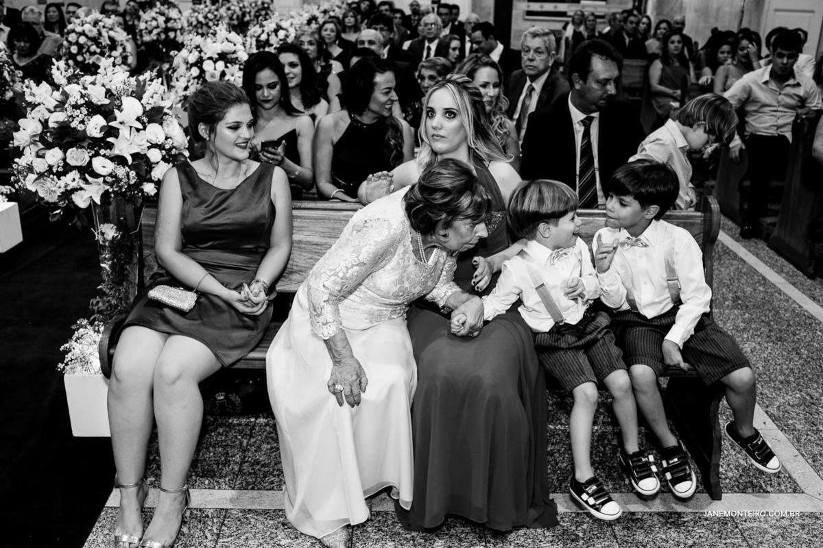 Imagem capa - As avós de casamentos são eternas. Uma homenagem as avós de noivas. por Jane Monteiro Fotografia