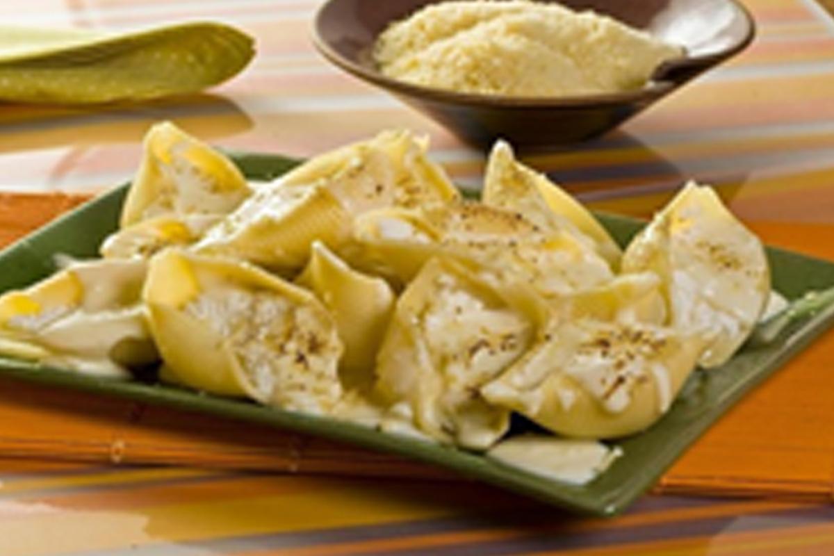 Imagem capa - Conchiglione ao quatro queijos com Castanhas e Nozes. por pastificiofasson