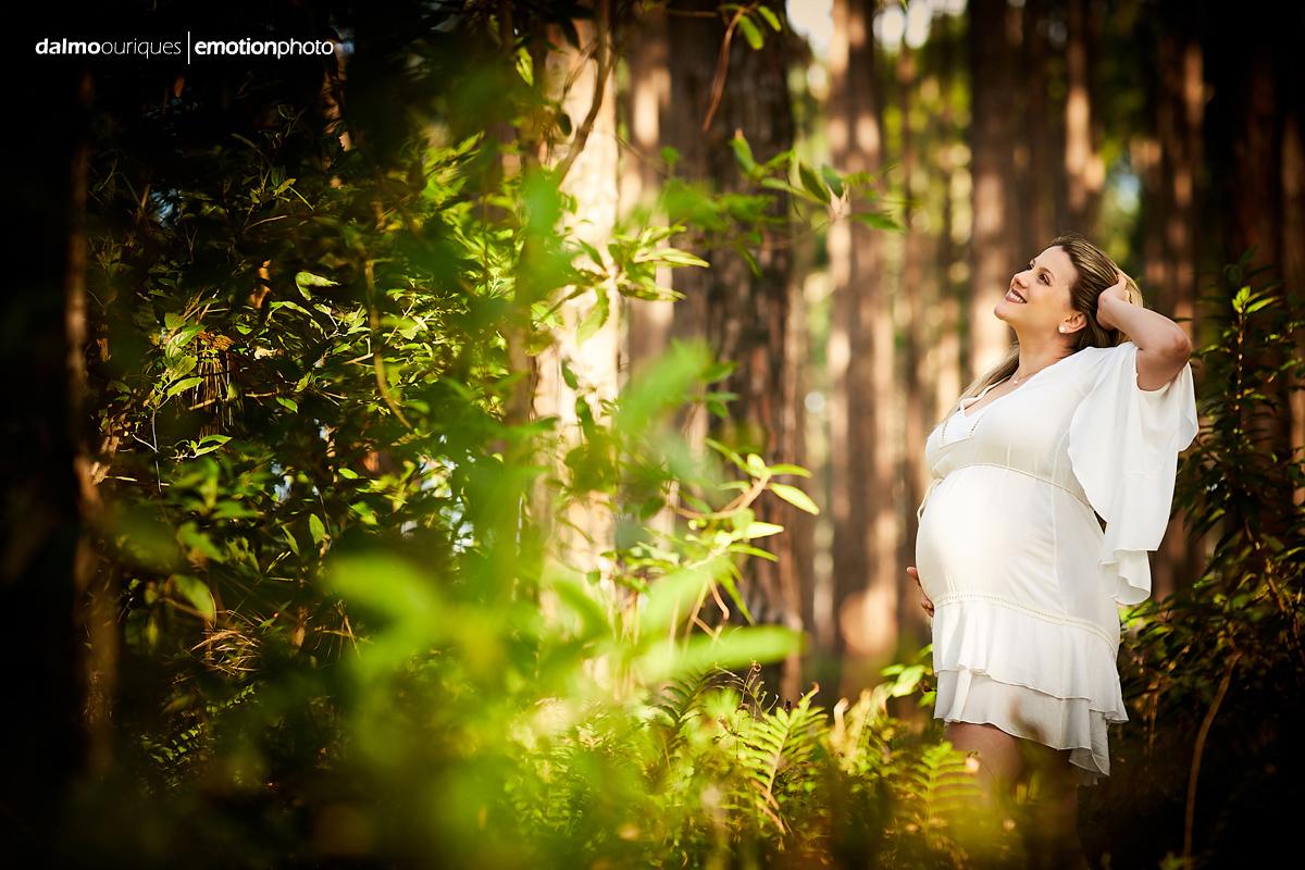 Imagem capa - Melhores momentos de ser mãe, acompanhe as lindas fotos do ensaio de gestante da Cissa! por Dalmo Ouriques