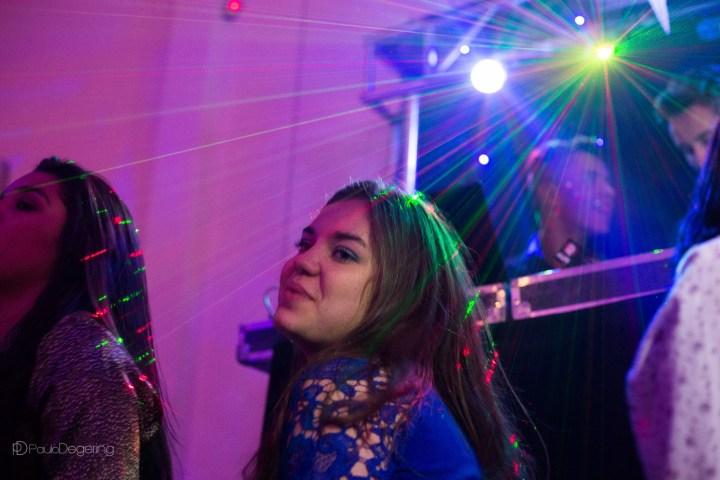 Imagem capa - A festa de 15 anos perfeita – O DJ por Paulo Degering Rosa Junior