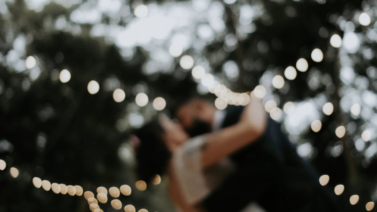 Imagem capa - Micro-wedding: a magia dos casamentos íntimos por Ana Carolina Vaz