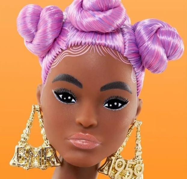 Imagem capa - Nova Barbie por katia  Garrido