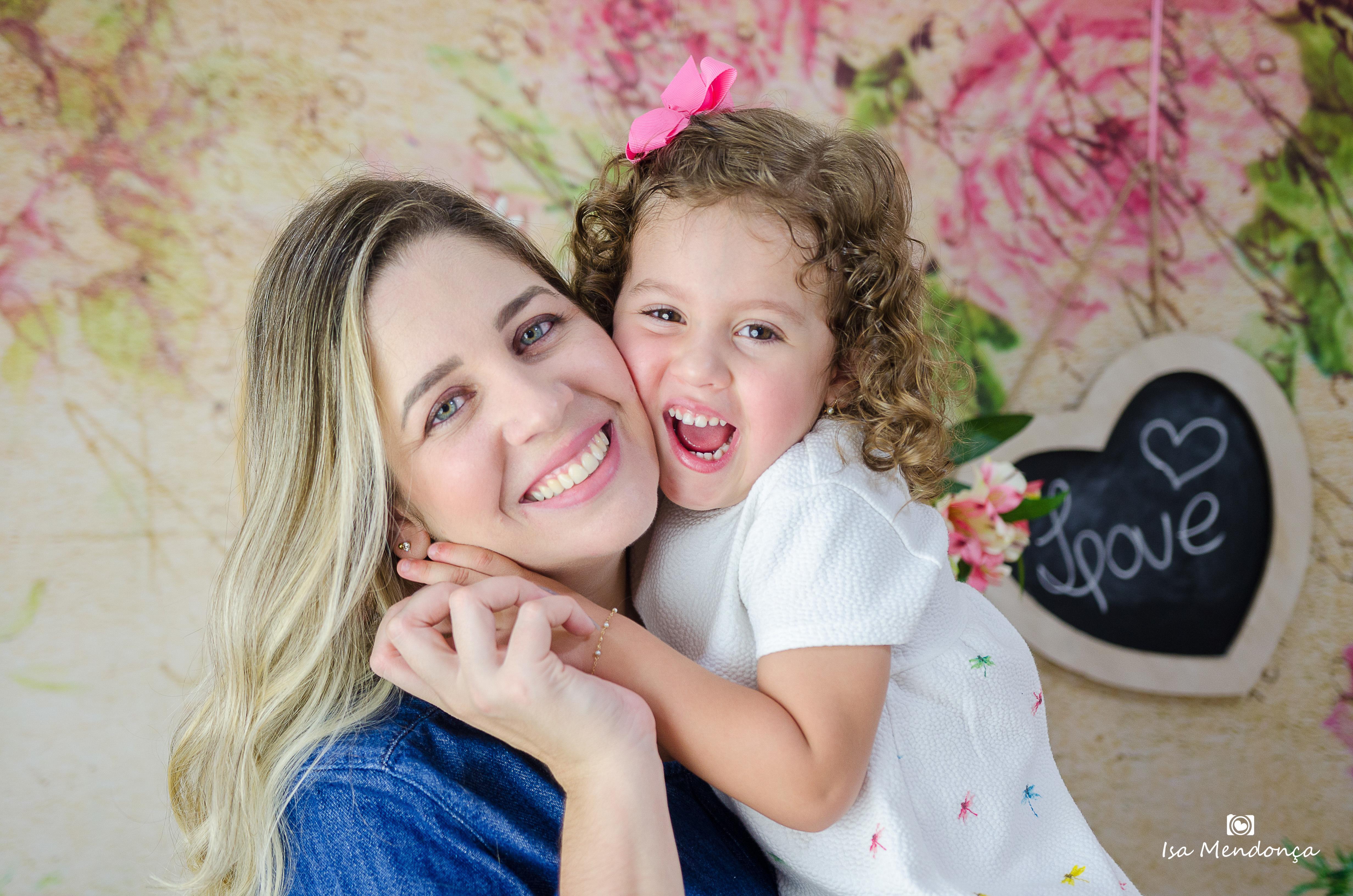 Sobre Isa Mendonça Fotografia, especializada em fotografia newborn, partos, acompanhamentos, gestante Rio Branco - Acre / Maria Isabella Mendonça