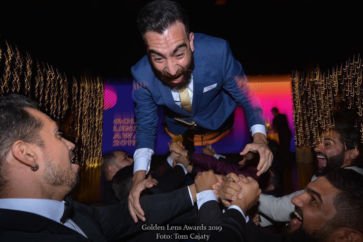 Imagem capa - GOLDEN LENS AWARDS 2019 - sobre a conquista do 2° lugar entre os Fotógrafos de família mais premiados do ano. por Thiago Cintra Nunes Braga