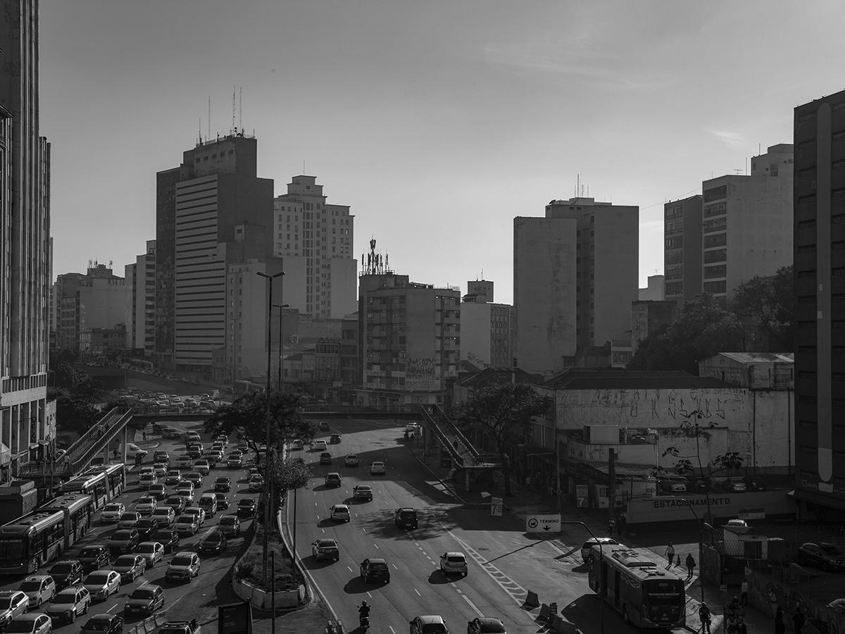 Imagem capa - Exposição da série Postais por Rodrigo Galvão
