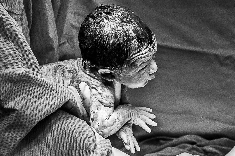 Imagem capa - Por que fotografar o nascimento do meu filho? por Gabi Coêlho