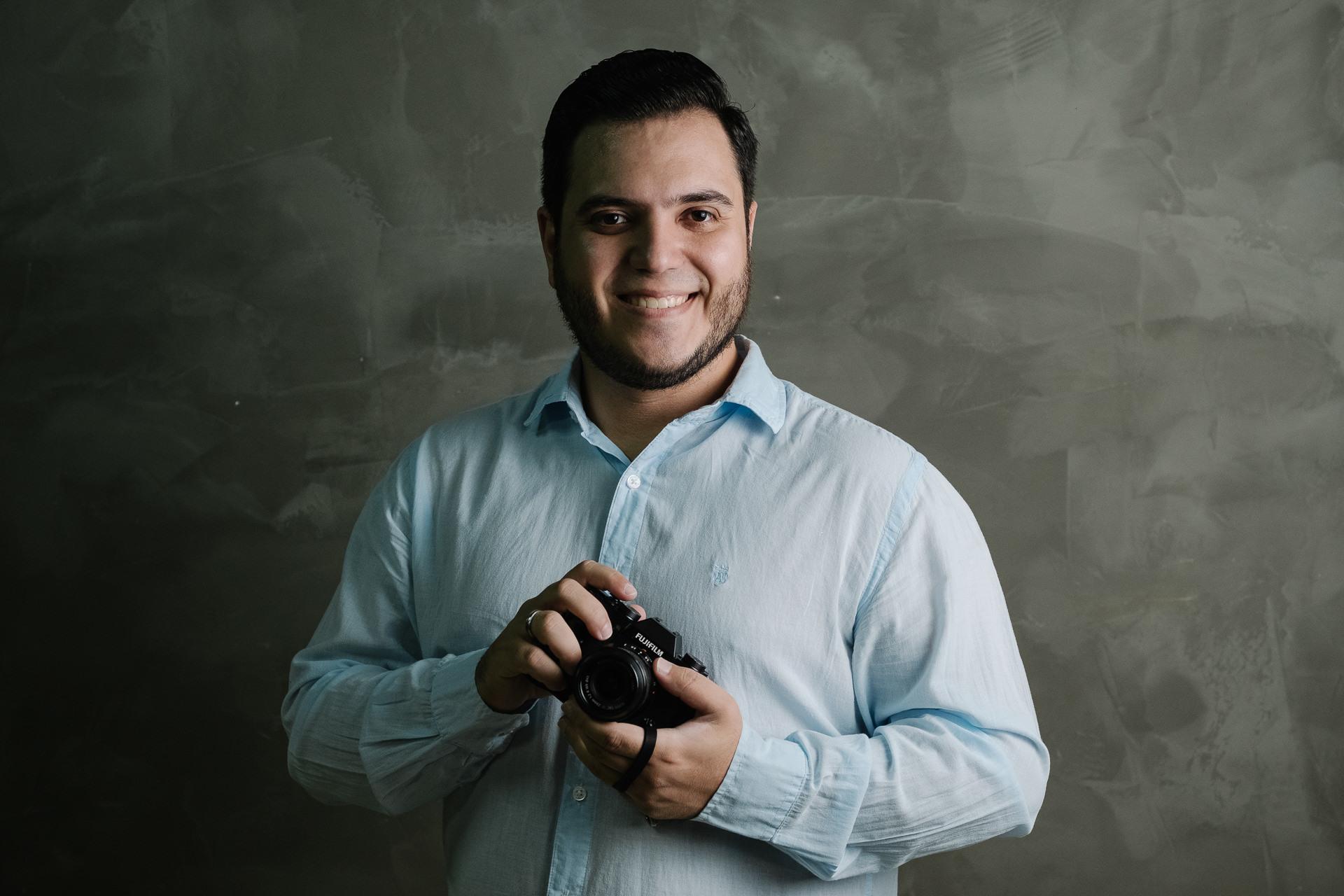 Sobre Elisson Andrade - Fotógrafo de Casamento - Maringá, Cascavel, Foz do Iguaçu/PR e Destination Wedding