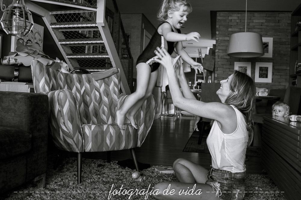 Imagem capa - Quais as Lembranças que Um Ensaio Documental Pode Proporcionar aos Meus filhos? por Milena Silva Santos