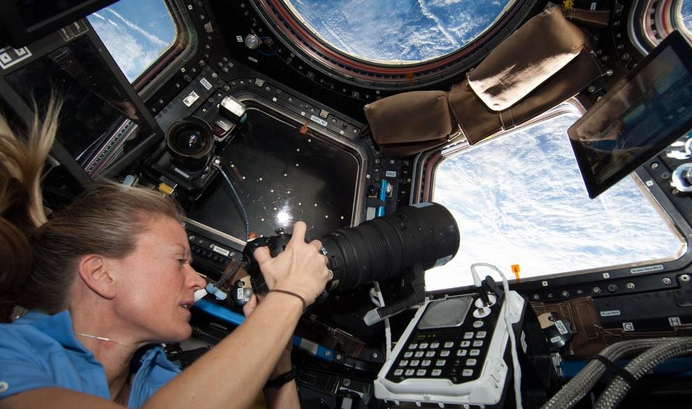 Imagem capa - Google Street View mostra como é a estação espacial ISS por dentro por Gislaine Reis