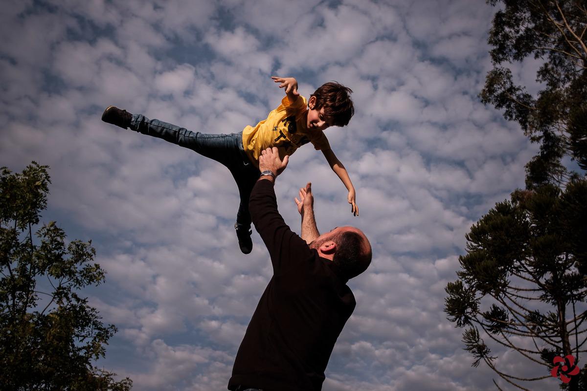 Imagem capa - A imersão digital está intoxicando seu filho? Veja estas dicas e mude isso já! por Kelly Schmidt - Fotografia feita de amor!