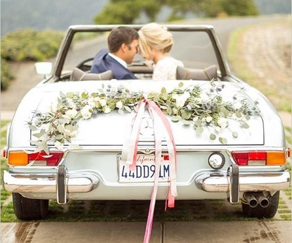 Imagem capa - Como escolher o carro que você chegará no seu casamento?  por JC Foto e Vídeo