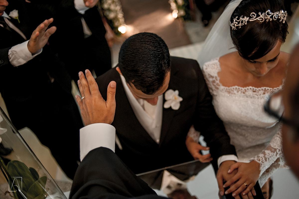 Imagem capa - Superstições de casamento: Oração e proteção no casamento. por JC Foto e Vídeo