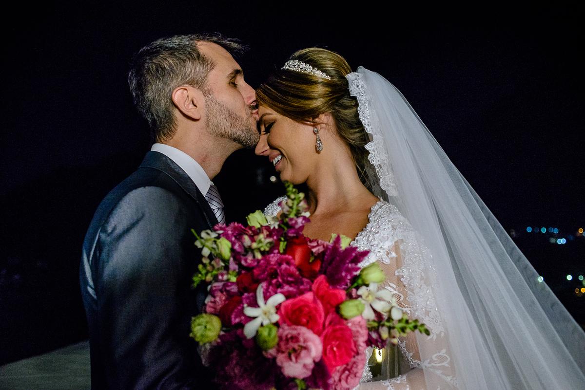 Imagem capa - Casamento estiloso e clássico  da Ju e do Gu!  por Jéssica Andrade