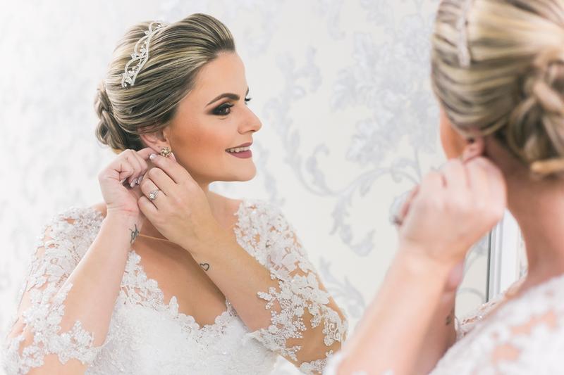 Imagem capa - Quais fornecedores de casamento devo contratar primeiro? por Filipe Nascimento