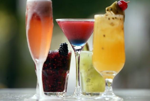 Imagem capa - Bebidas - 10 drinks para casamento que vão conquistar você por Filipe Natan Maia Cardoso