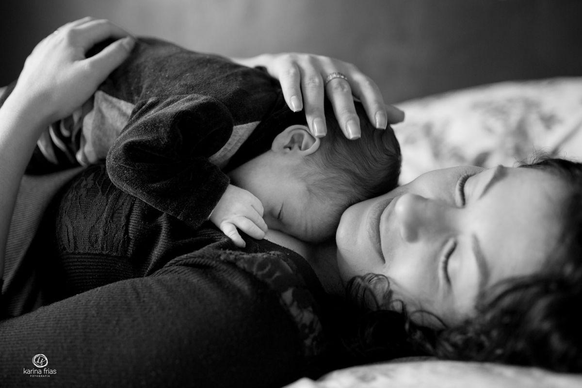 Imagem capa - Aí você virou mãe! por Karina Ferreira Frias