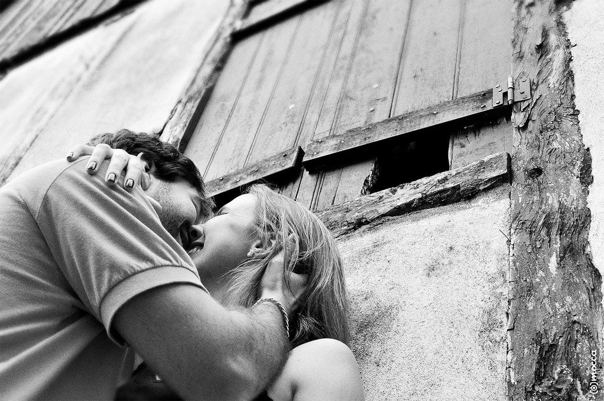 ensaio casal, ensaio fotográfico, amor, lajeado, parque histórico, beijo