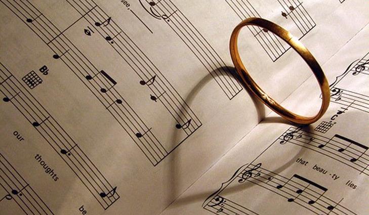 Imagem capa -  A escolha do repertório de casamento por Menegato Coral e Orquestra