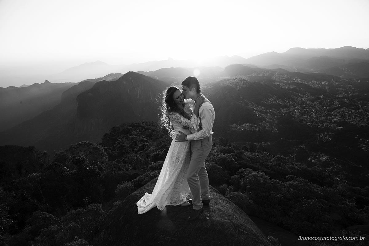 Contate Fotografo de casamentos em Petrópolis arte em contar sua historia!!!