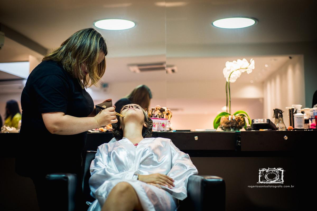 Imagem capa - A maquiagem perfeita! por Rogério Santos