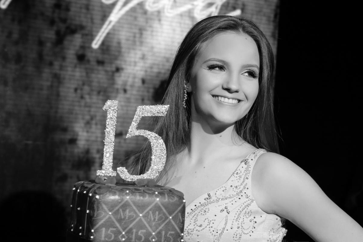 festa-15-anos-porto-alegre-casa-vetro-fotografo-15-anos-porto-alegre-fotografo-fabio-martins-15-anos-mariana-pydd-fotos-15-anos