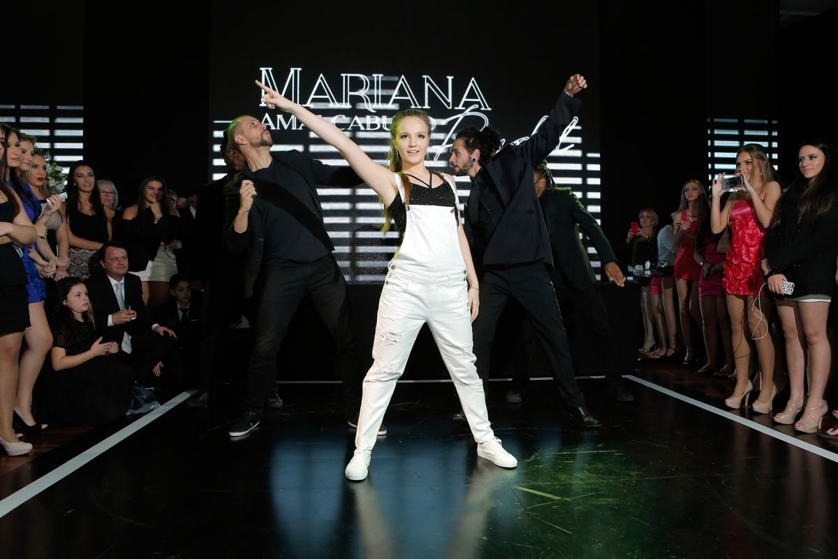 festa-15-anos-porto-alegre-casa-vetro-fotografo-15-anos-porto-alegre-fotografo-fabio-martins-15-anos-mariana-pydd-fotos-15-anos-valsa-15-anos-dança-15-anos
