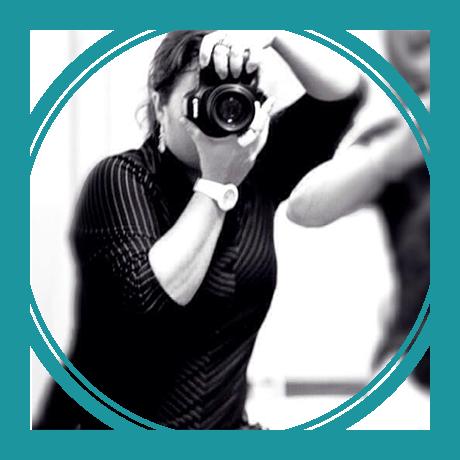 Sobre Fotografo de família e casamento contando historias e registrando momentos em Sao Paulo -Taty Gonini Fotografa