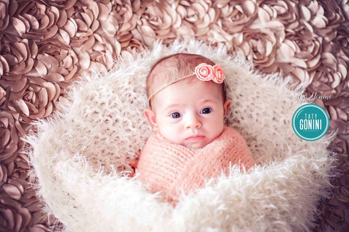 Imagem capa - Posso confiar na fotografia de newborn ? por Taty Gonini fotografia