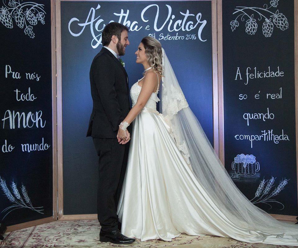 Imagem capa - Photoboth Chalkbord - quadro lindo com arte personalizada em giz para casamentos por Estilo Vintage Decoração
