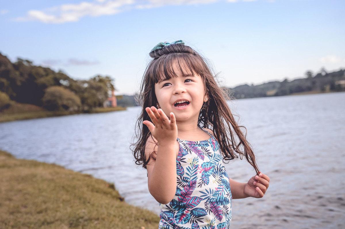 Imagem capa - Fotografia Infantil Curitiba: 5 Dicas para um Ensaio Maravilhoso por Rafael Allebrandt Fotógrafo