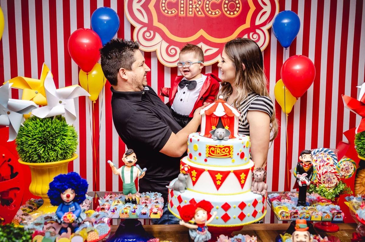 Imagem capa - Fotografia Festa Infantil Curitiba - 5 Momentos importantes que devem ser fotografados na Festa dos seus Filhos por Rafael Allebrandt Fotógrafo
