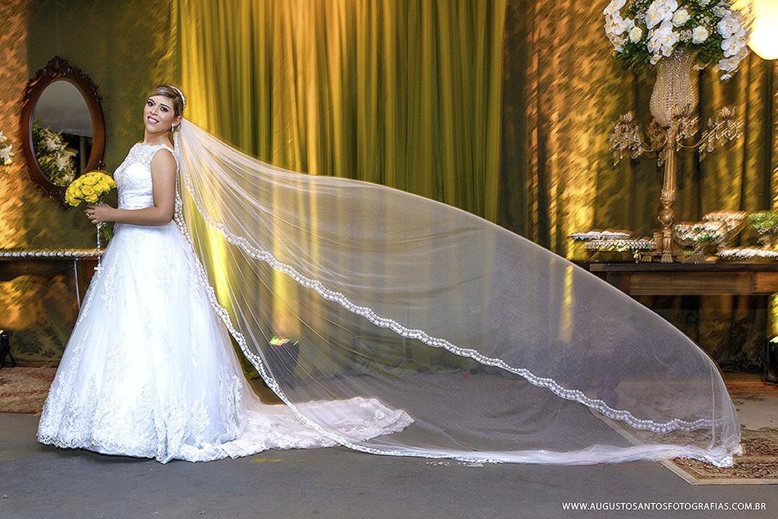 Imagem capa - A escolha do vestido da noiva por Augusto dos Santos