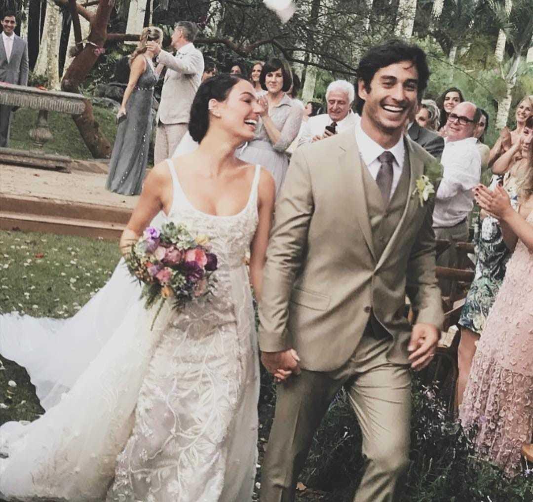 Imagem capa - Casamento Isis Valverde  por Fotógrafo John Edgard