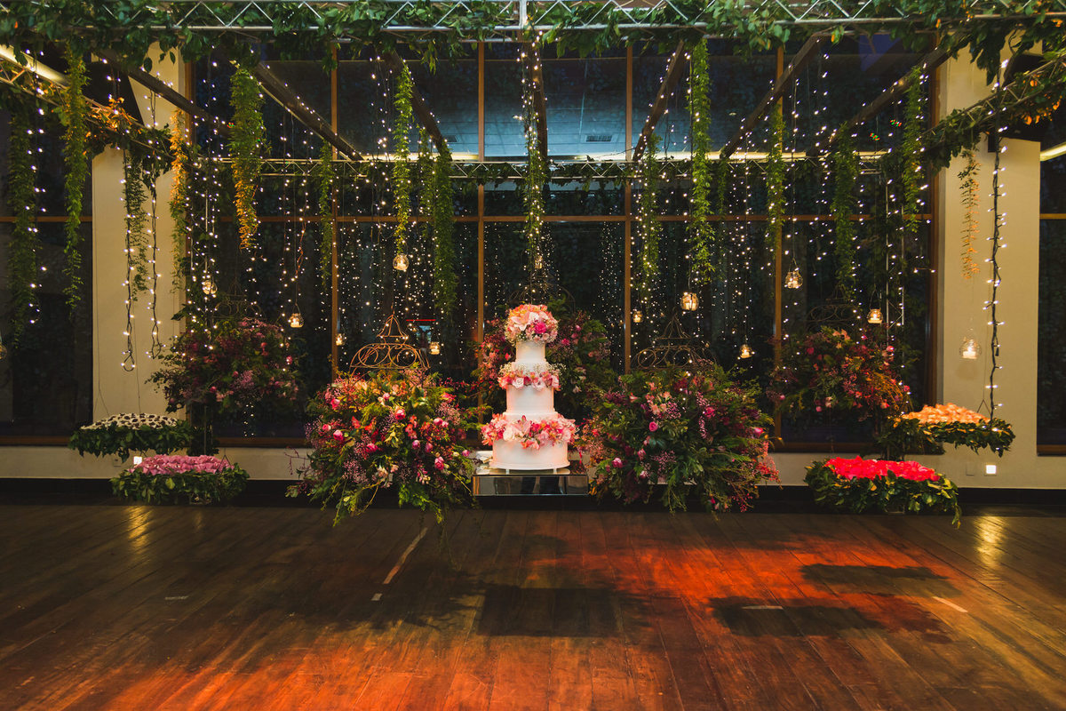 Imagem capa - Escolha o buffet de acordo com o seu casamento por Fotógrafo John Edgard