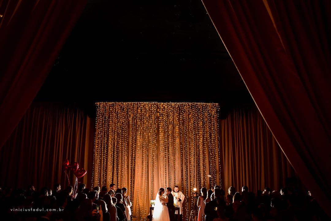 Imagem capa - O guia passo a passo para criar sua lista de convidados do casamento. por Vinicius Fadul Fotografias de Casamentos