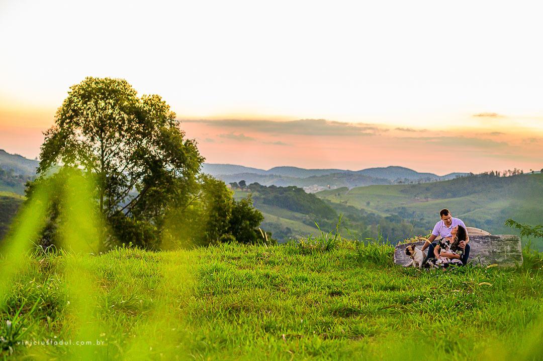 Imagem capa - Ensaio na Fazenda | Monte Alegre do Sul por Vinicius Fadul Fotografias de Casamentos